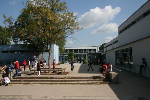 "Picture 1 - Retrofitted ""Brüder Grimm"" School"