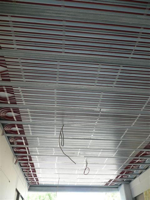 Picture 5 – The surface  heating and cooling  panels at the ceiling