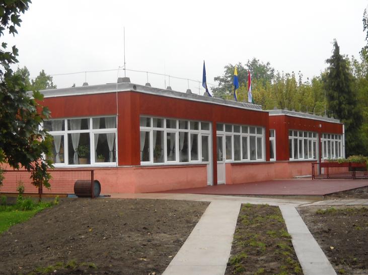 Picture 1 -   Refurbished   kindergarten at   Szentendre