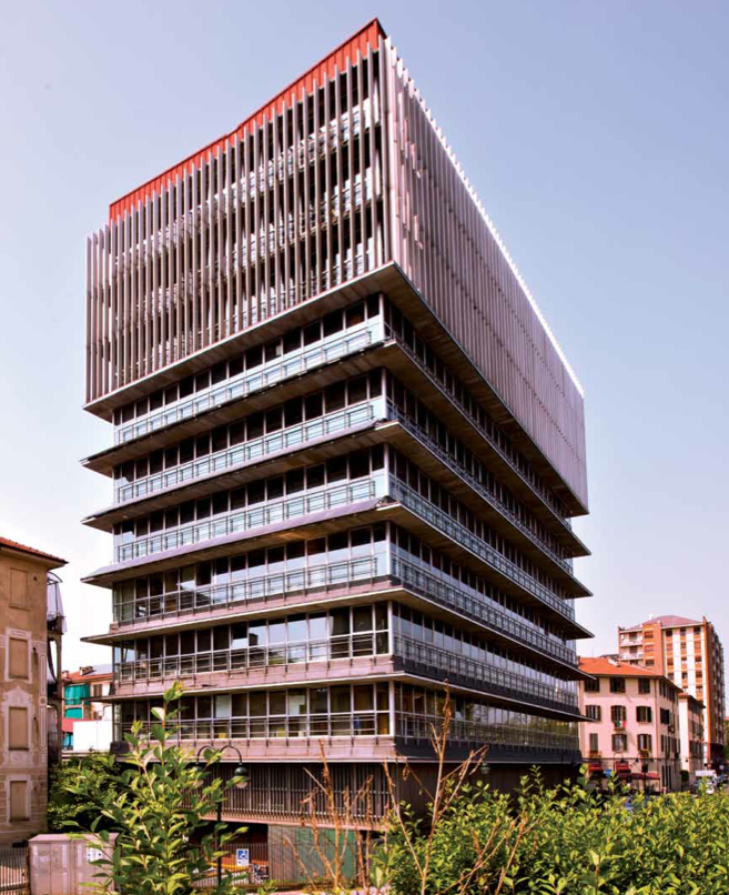Picture 2 -  The ATC high-rise   office building at   Arquata with PV   panels as shading   devices