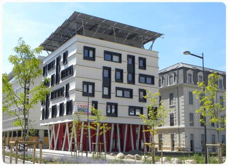 Picture 2 - The positive   energy office building   in De Bonne